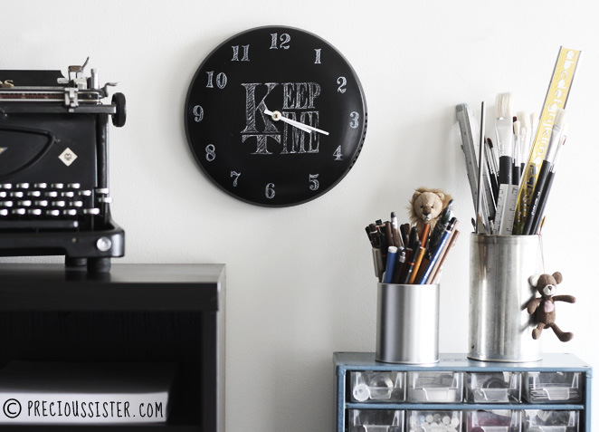 DIY: Chalkboard clock from a pot lid